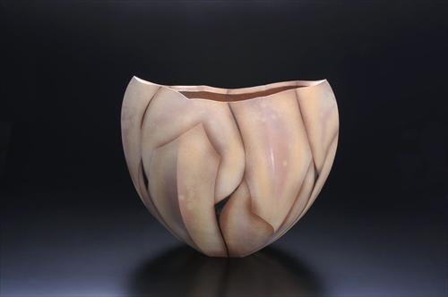 2.粉引炎彩六面花器